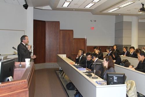 ミシガン大学研修会の講義風景